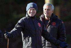 """Europos lygos apžvalga: """"Manchester United"""" namuose priima R.Van Persie ir """"Fenerbahce"""" klubą"""
