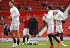 """""""Premier"""" lygos apžvalga: """"Liverpool"""" tampa vis didesne grėsme, W.Rooney dienos gali būti suskaičiuotos"""